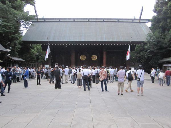 平成28年終戦の日、靖國神社にて戦没者礼拝