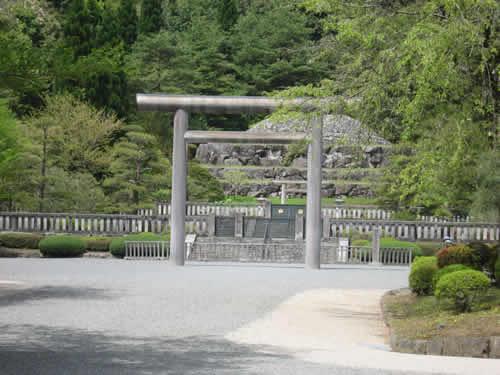 平成22年4月29日昭和の日、武蔵野御陵墓参