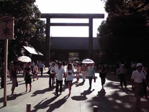 平成21年8月15日終戦の日、靖國神社にて戦没者礼拝 [東京]