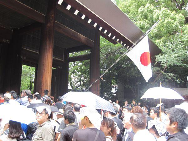 平成24年8月15日終戦の日、靖國神社にて戦没者礼拝