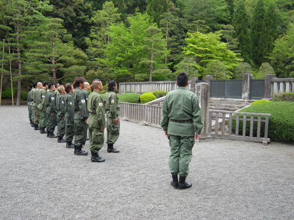 平成25年4月29日昭和の日、武蔵野御陵墓参