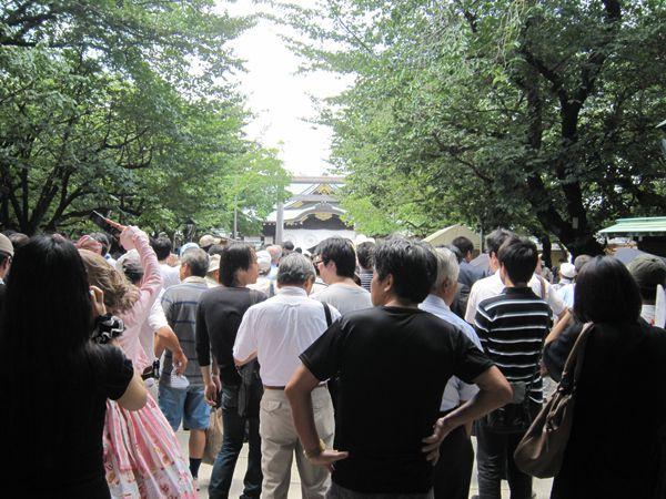 平成23年終戦の日、靖國神社にて戦没者礼拝